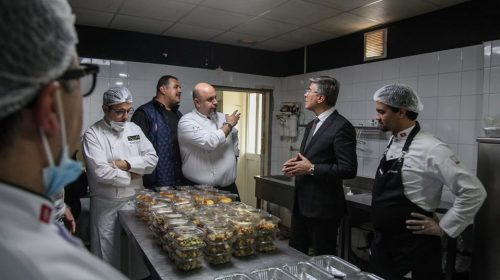 COVID-19: Professional chefs prepare meals for medical personnel
